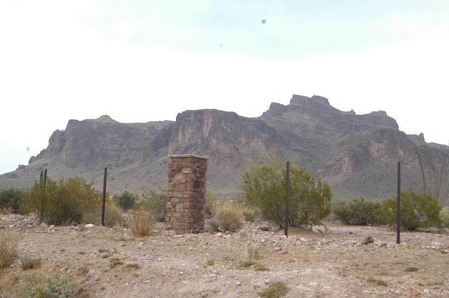 Superstition Mountains.jpg